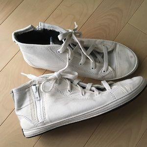 Indosole Kota Sneakers